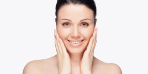 how to remove dead skin from the face