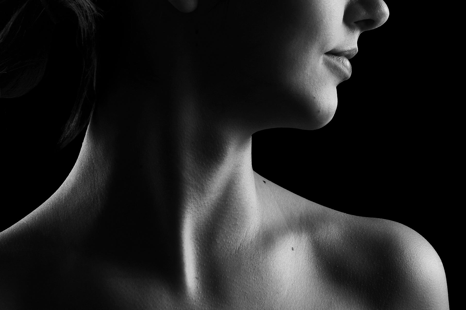 black neck